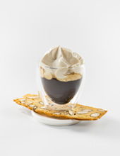 Amaretto-Cream-Topping