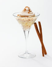 Apple-Streuselkuchen-in-a-glass-with-Apple-Cinnamon-Mousse